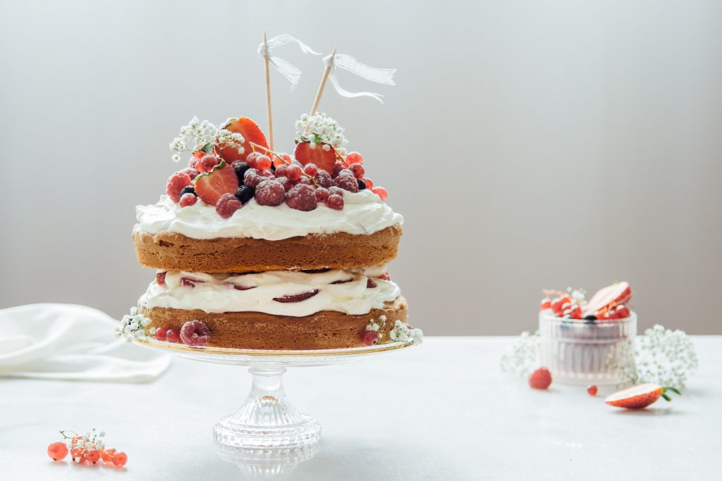 Sponge Cake aux Fruits Rouges et Mascarpone - SiAndTalk Blog